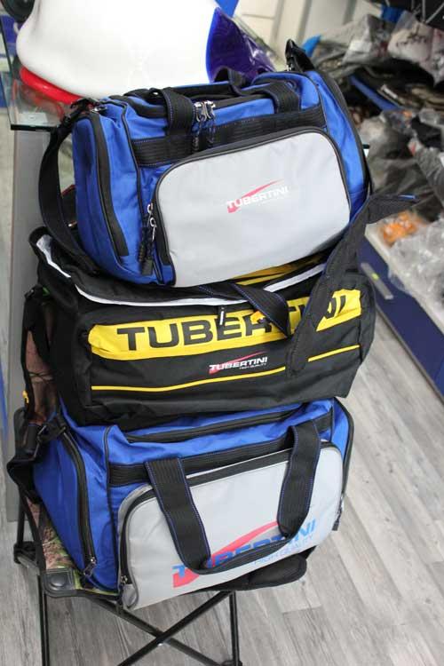 buffetteria per la pesca, borsoni porta accessori